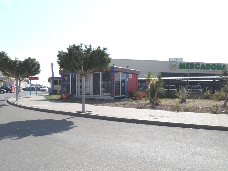 ALICANTE - Mercadona & Kiosk, Vera playa pick up point - Exclusive Airport Shuttles.jpg